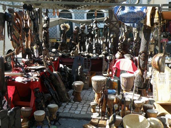 Рынок Фейра да Ладра
