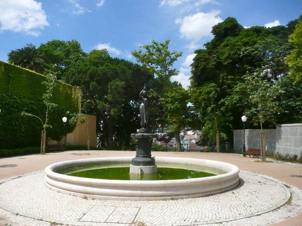 Сад Торел