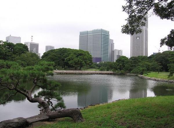 http://www.bestprivateguides.com/artim/52-3-udivitelnie-parki-tokio.jpg