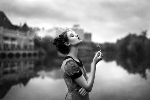 где нельзя курить в Париже
