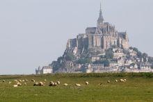 Жемчужины Нормандии и Бретани. Довиль. Франция